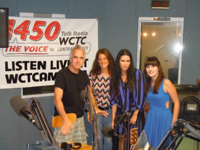 Susan with former Styx member Glenn Burtnik and his backup singers Reagan Richards and Emily Grove during a live performance at the WCTC studios on July 23rd, 2012