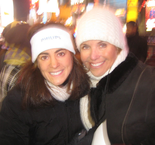 Susan with TV anchorwoman and journalist Katie Couric at New Year's Eve festivities in New York City in 2007