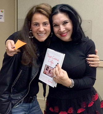 Susan with bestselling author and breast cancer survivor Geralyn Lucas at an event in Morristown, NJ in October 2014